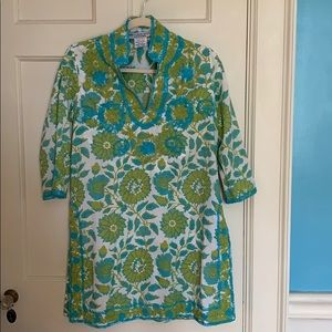 Gretchen Scott designs tunic